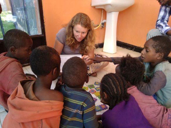 """barkot fundacja dzieci etiopii 5 585x439 - Prosimy o wsparcie! Fundacja Dzieci Etiopii """"Barkot"""". Perspektywy dla dzieci ulicy"""