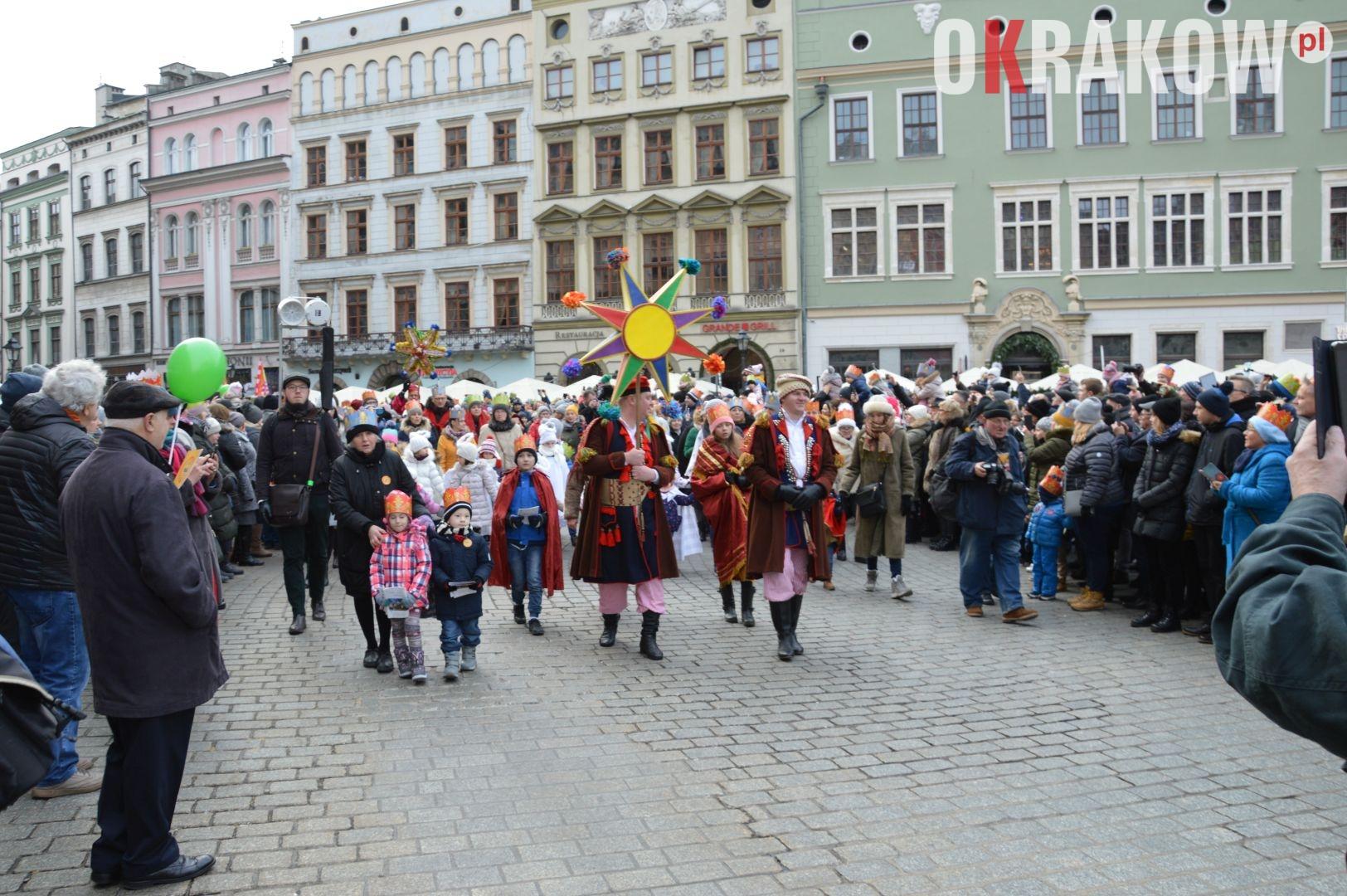 orszak 38 1 150x150 - Orszak Trzech Króli Kraków 2020 Galeria Zdjęć z Orszaku (czerwonego)
