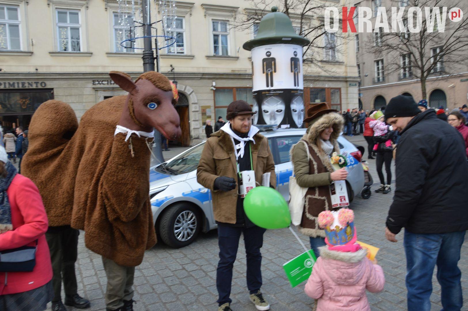 orszak 66 1 150x150 - Orszak Trzech Króli Kraków 2020 Galeria Zdjęć z Orszaku (czerwonego)