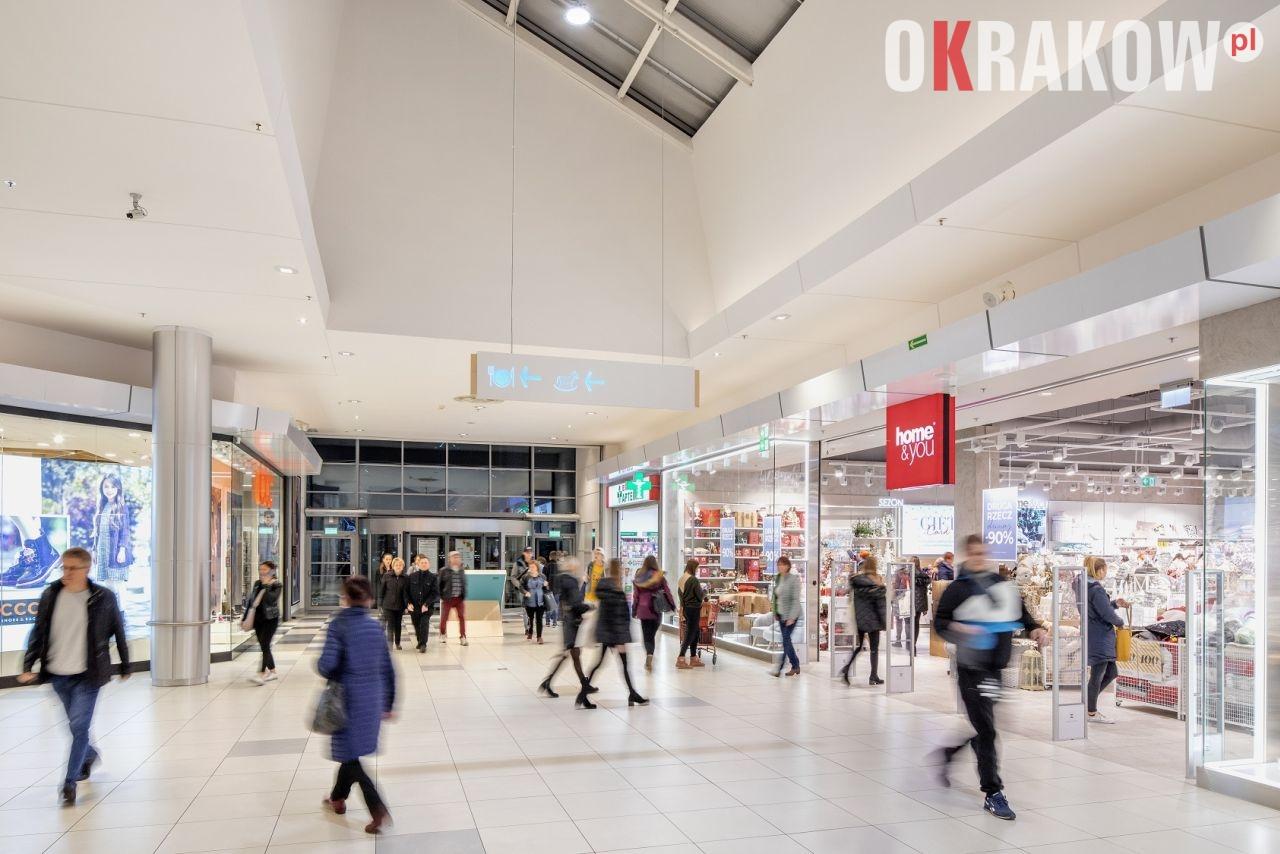 Kraków: Większość sklepów na terenie Centrum Handlowego Nowe Czyżyny znów otwarta. Klientów obowiązywać będą jednak pewne zasady