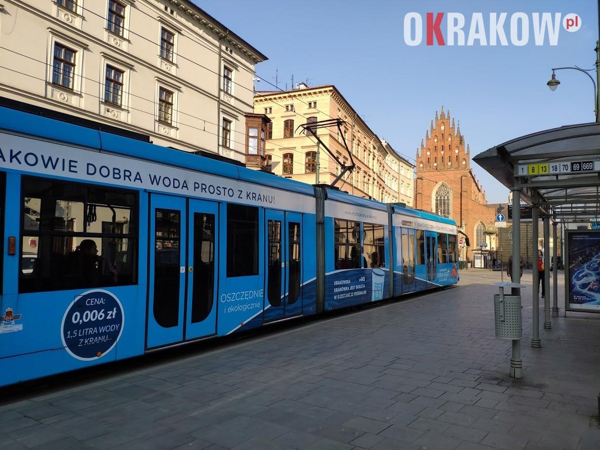 krakow tramwaj - Od poniedziałku (27.07.2020 r.) wraca ruch pojazdów po ul. Dominikańskiej. / Plac Wszystkich Świętych